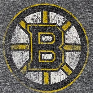 Boston Bruins Distressed Old time hockey T shirt